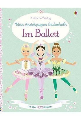 Im Ballett - Leonie Pratt und Stella Baggott
