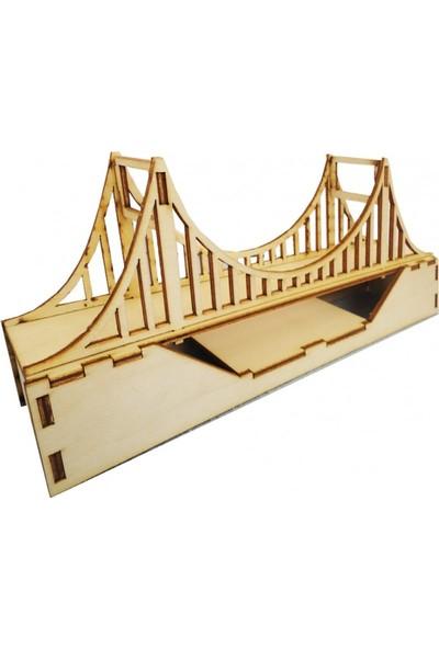 Mor Ahşap Köprü Maketi
