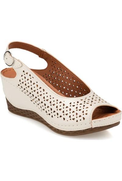 Polaris 91.150809.Z Bej Kadın Sandalet