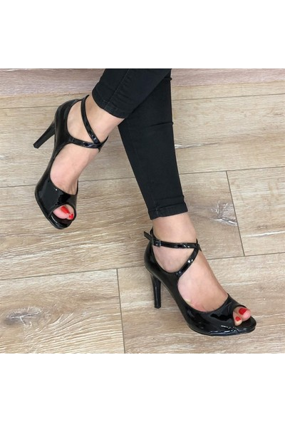 Mio Gusto Elena Siyah Topuklu Ayakkabı