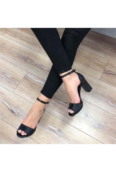 Mio Gusto Tammy Siyah Topuklu Ayakkabı