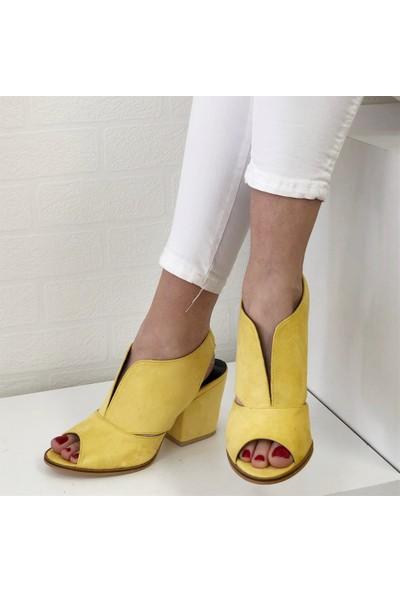 Mio Gusto Queen Sarı Topuklu Ayakkabı