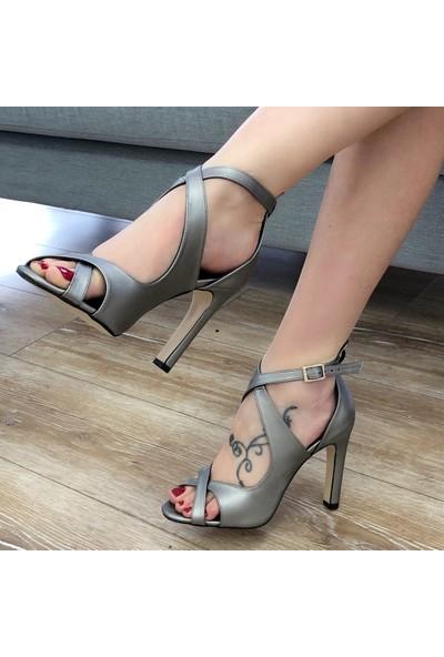 Mio Gusto Cyntia Kurşun Abiye Ayakkabı