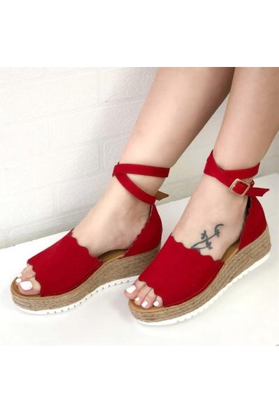Mio Gusto Charlotte Kırmızı Dolgu Taban Sandalet