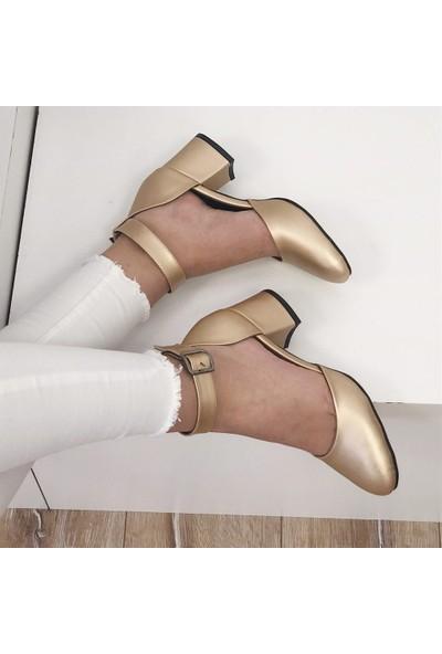 Mio Gusto Helen Altın Topuklu Ayakkabı