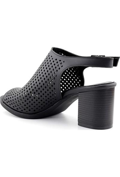 Esstii 421 Kadın Topuklu Sandalet