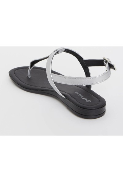 Defacto Dokulu Kadın Parmak Arası Sandalet