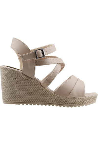 Annamaria 207 Günlük 8 Cm Dolgu Topuk Kadın Cilt Sandalet Bej