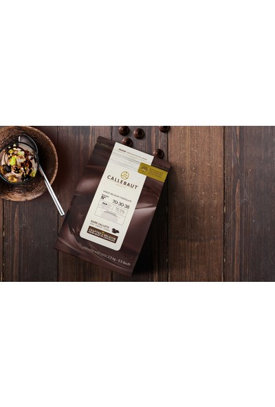 Callebaut Bitter Çikolata 70-30-38 - 2.5 kg