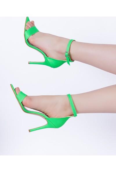 Ewa Moda Bantlı Neon Çelik Topuklu Ayakkabı Yeşil