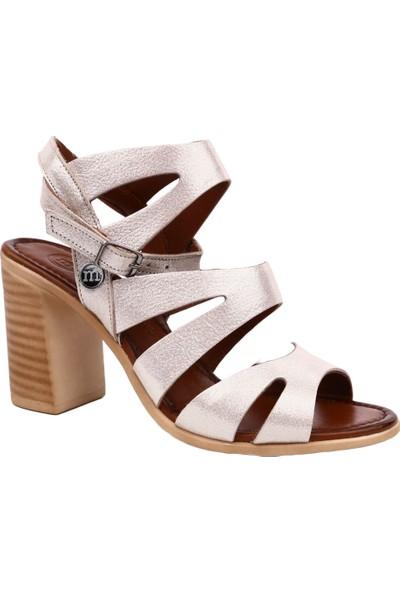 Mammamia D19Ys-1505 Kadın Sandalet Ayakkabı Dore Simli Flotur