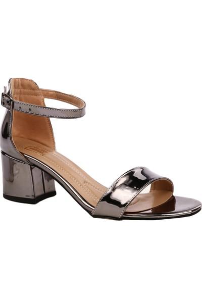 Dgn K1510 Kadın Tek Bant Bilekten Bağlı Kısa Topuklu Ayakkabı Platin Ayna