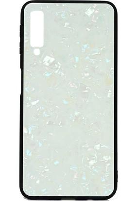 Tbkcase Samsung Galaxy A7 2018 Marbel Desenli Cam Silikonlu Kılıf Beyaz + Nano Ekran Koruyucu