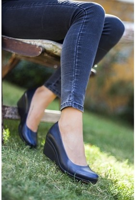 Tarçın Deri Günlük Lacivert Kadın Dolgu Ayakkabı TRC50-0274