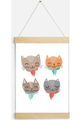 Yamamiya Dört Tatlı Kedi Desenli Zincir Askılı Kanvas Poster