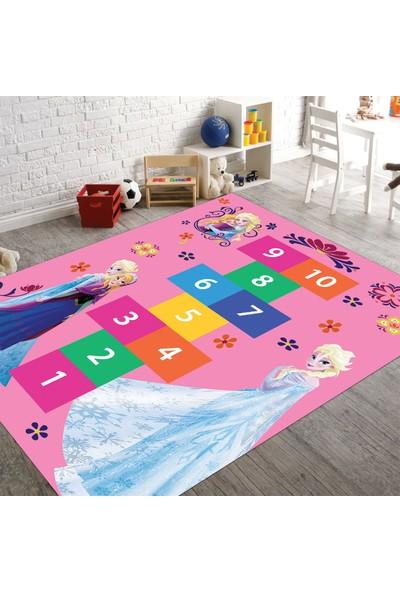 Veronya Elsa ve Seksek Desenli Kaymaz Taban Çocuk Odası Halısı 80 x 140 cm