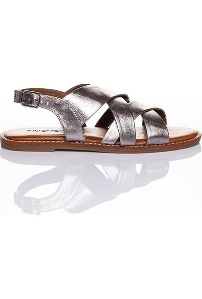 Efem 104004 Kadın Deri Sandalet