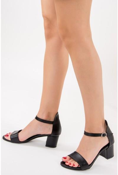 Fox Shoes Siyah Kadın Topuklu Ayakkabı F283286509
