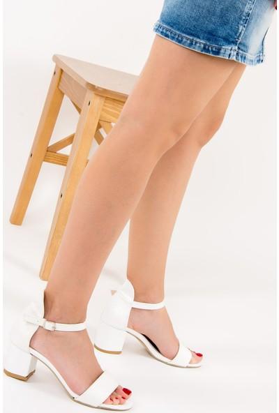 Fox Shoes Beyaz Kadın Topuklu Ayakkabı F283286509