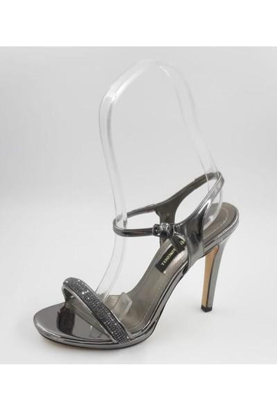 Kriste Bell Tek Bant Taşlı Abiye Ayakkabı