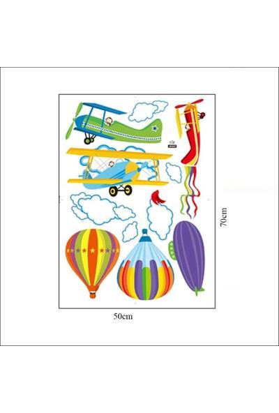 Color Casa Uçan Balon Erkek Kiz Çocuk Bebek Odasi Sti̇cker