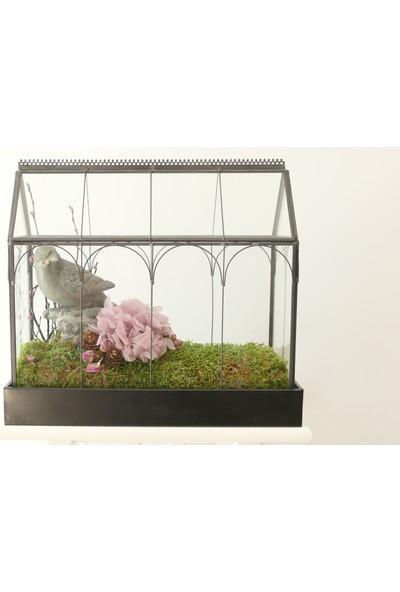 Şoklanmış Ortanca ve Kuru Çiçeklerle Tasarlanan Dekoratif Obje