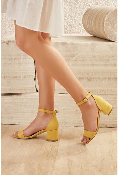 Butigo Sevilla51Z Süet Sarı Kadın Sandalet