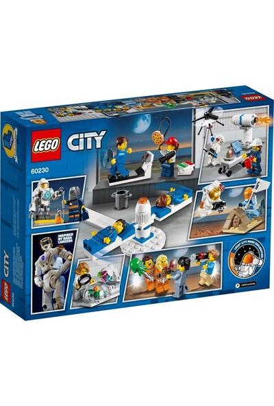 LEGO City 60230 İnsan Paketi - Uzay Araştırma ve Geliştirme