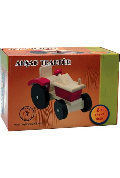 Onyıl Hediyelik Kutuda Ahşap Traktör