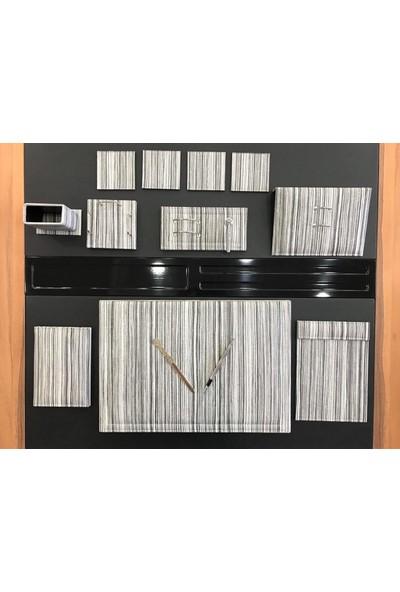 Ömür Ofis Masaüstü 10 Parça Şeri̇T Desen Deri̇ Sümen Takimi