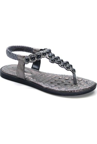 Cushy 7253 Platin Parmak Arası Taşlı Kadın Sandalet