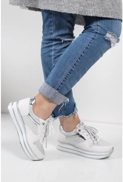 Flet Bağcıklı Kalın Taban Sneaker