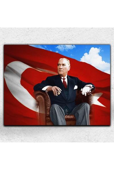İyi Olsun Bayraklı Atatürk Portresi Dekoratif Kanvas Tablo