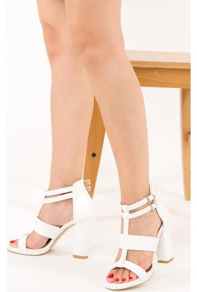 Fox Shoes Beyaz Kadın Topuklu Ayakkabı F285150209