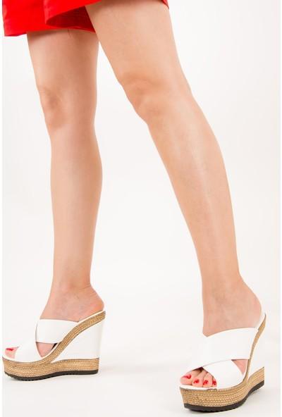 Fox Shoes Beyaz Kadın Terlik F674072009
