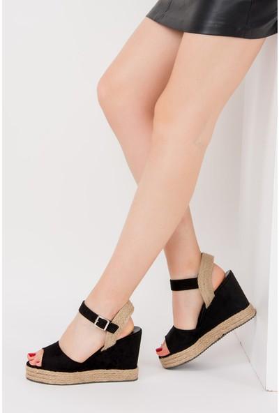 Fox Shoes Siyah Kadın Dolgu Topuklu Ayakkabı F735005202
