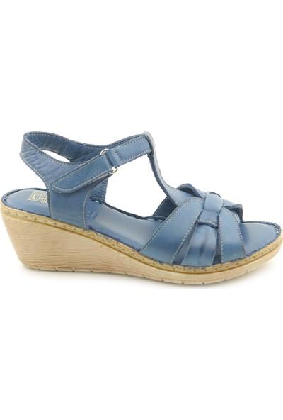 İzderi Deri Alçak Dolgu Topuk Kadın Sandalet