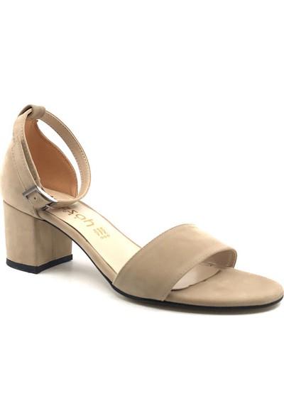 Gizsah Ten Rengi Tekbant Süet Alçak Topuklu Kadın Ayakkabı