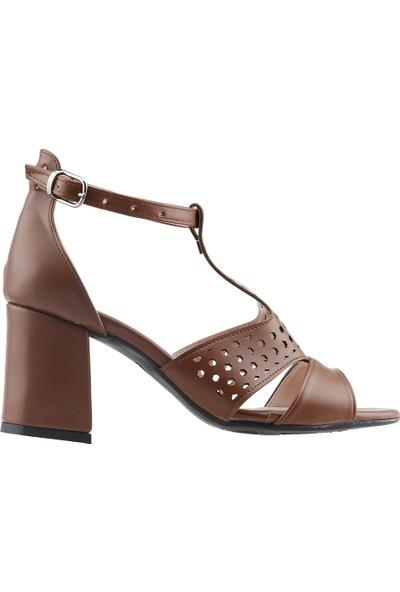 Ayakland 11005-245 Günlük 7 cm Topuk Kadın Cilt Sandalet Ayakkabı Taba