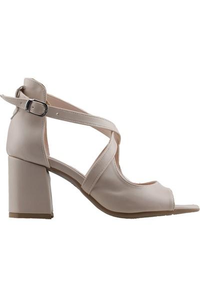 Ayakland 11005-262 Günlük 7 cm Topuk Kadın Cilt Sandalet Ten