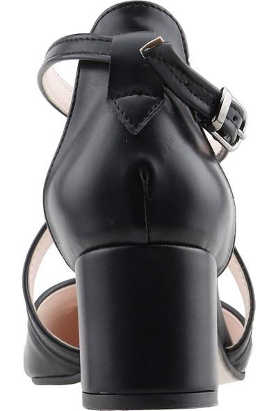 Ayakland 97544-385 Günlük 5 cm Topuk Kadın Cilt Sandalet Ayakkabı Siyah