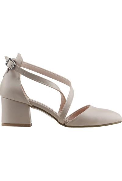 Ayakland 97544-385 Günlük 5 cm Topuk Kadın Cilt Sandalet Ayakkabı Ten