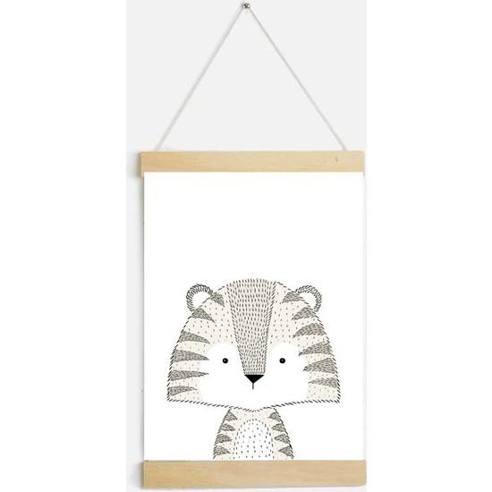 Yamamiya Küçük Kaplan Desenli Zincir Askılı Kanvas Poster