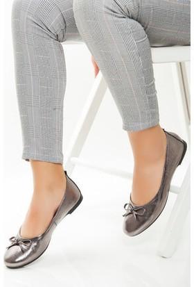 Tarçın Hakiki Deri Platin Günlük Kadın Babet Ayakkabı Trc53-0001