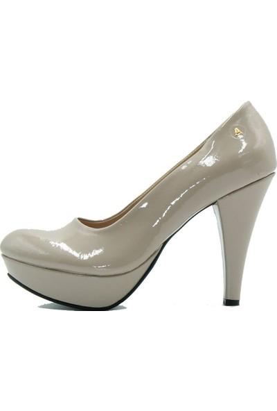 Aktenli 14111 Arıcı Kadın Topuklu Ayakkabı Krem