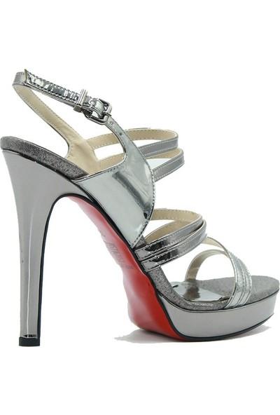 Meşhure 438 Meşhure Kadın Topuklu Ayakkabı Platin