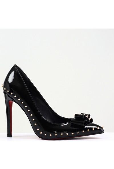 Nellson Jackson Fortis Siyah İğneli Kurdeleli Siyah Kırmızı Stiletto Kadın Ayakkabı