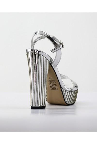 Nellson Jackson Clara Lame Yüksek Topuk Taşlı Bantlı Kadın Abiye Ayakkabı