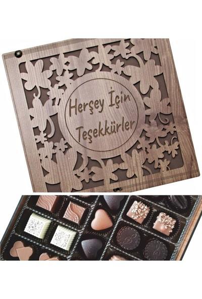 Çikolata Marketi Herşey Için Teşekkürler Yazılı Yoncalarla Süslenmiş Ahşap Kutulu Hediyelik Çikolata
