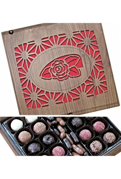 Çikolata Marketi Gül Motifli ve Desenli Ahşap Kutulu Hediye Çikolata